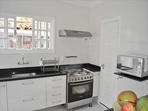 ref.: 212700 - casa em guaruja, no bairro balneario praia do pernambuco - 3 dormitórios