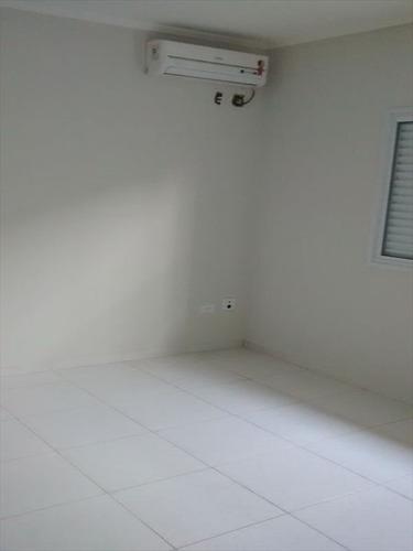 ref.: 22 - casa em praia grande, no bairro boqueirao - 3 dormitórios