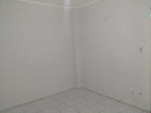 ref.: 2217 - apartamento em praia grande, no bairro boqueirao - 1 dormitórios