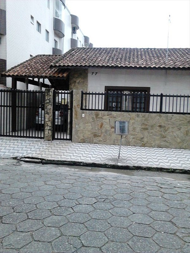 ref.: 2285 - casa em praia grande, no bairro guilhermina - 2 dormitórios