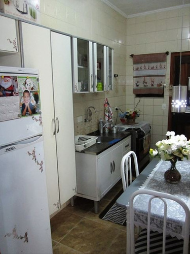 ref.: 2384 - casa condomínio fechado em praia grande, no bairro guilhermina - 1 dormitórios