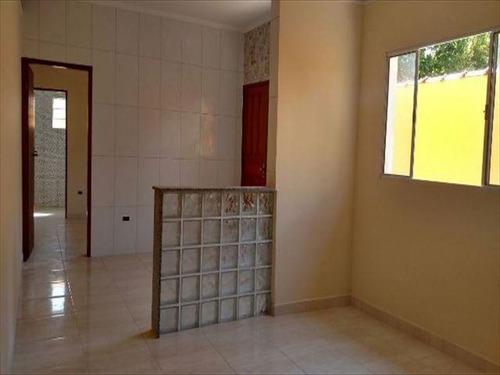 ref.: 24 - casa em mongagua, no bairro jussara - 2 dormitórios