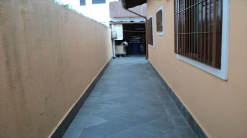 ref.: 24095500 - casa em praia grande, no bairro aviacao - 2