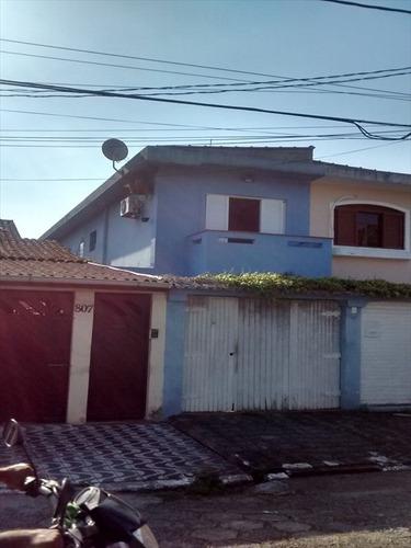 ref.: 2420 - casa em praia grande, no bairro canto do forte - 3 dormitórios