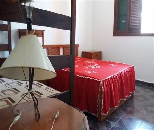 ref.: 24900 - casa em itanhaém, no bairro jardim grandesp - 2 dormitórios