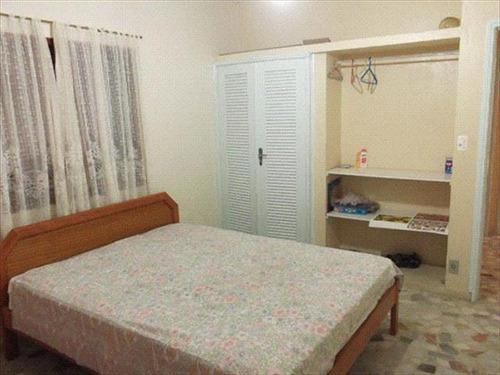 ref.: 28 - casa em mongagua, no bairro itaoca - 3 dormitórios