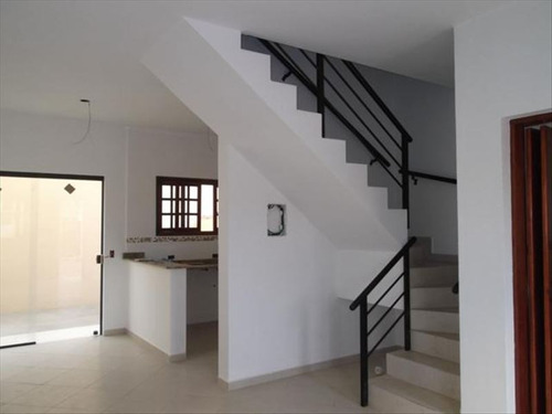 ref.: 386 - casa condomínio fechado em itanhaem, no bairro jd.lindomar - 2 dormitórios
