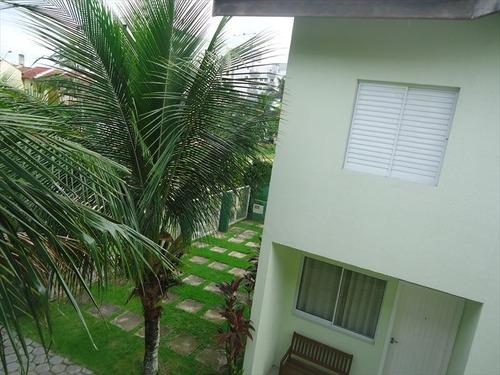 ref.: 414 - casa condomínio fechado em bertioga, no bairro maitinga - 2 dormitórios