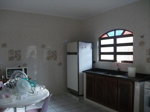 ref.: 427 - casa em itanhaem, no bairro grandesp - 2 dormitórios