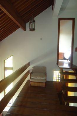 ref.: 42867301 - casa em mairiporã, no bairro parque petropolis - 4 dormitórios