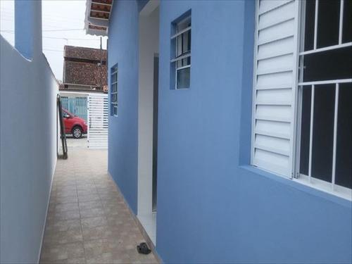 ref.: 429 - casa em mongagua, no bairro santa eugenia - 2 dormitórios