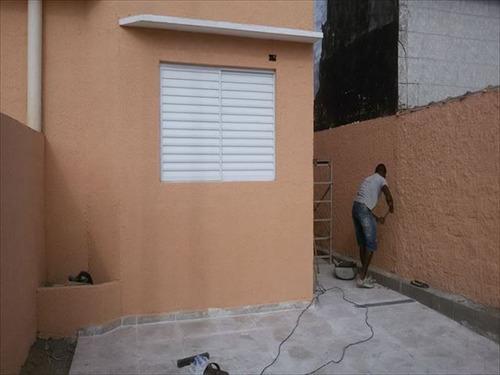 ref.: 433 - casa em mongagua, no bairro jussara - 2 dormitórios