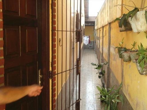 ref.: 46 - casa em mongagua, no bairro agenor de campos - 2 dormitórios