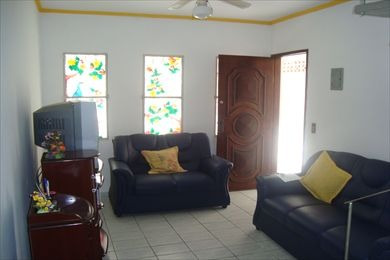 ref.: 465 - casa em praia grande, no bairro vila guilhermina - 2 dormitórios