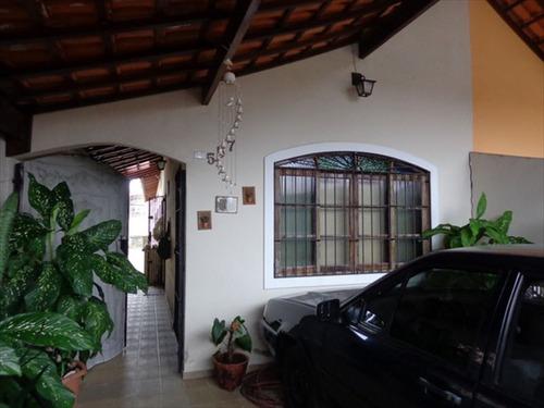 ref.: 490 - casa em praia grande, no bairro maracana - 2 dormitórios