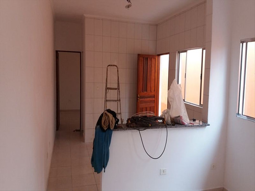 ref.: 525 - casa em mongaguá, no bairro agenor de campos - 2 dormitórios