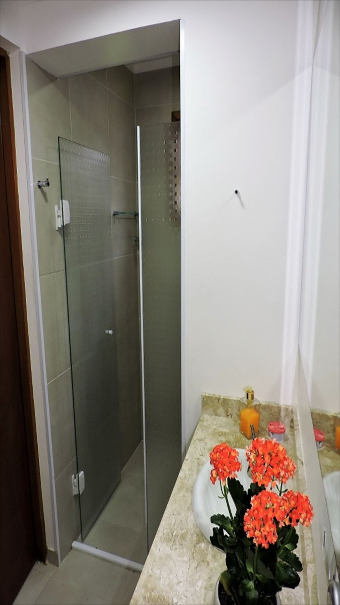 ref.: 5283 - casa em carapicuiba, no bairro chacara santa lucia - 4 dormitórios