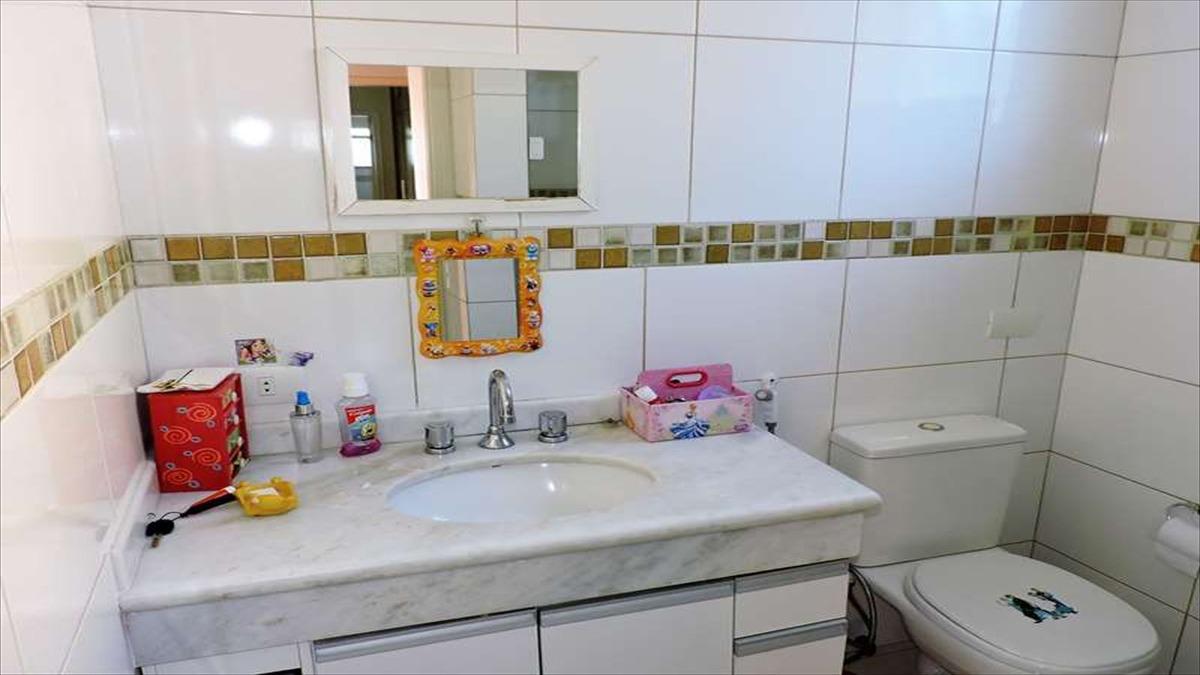 ref.: 5407 - casa condomínio fechado em carapicuiba, no bairro recanto inpla - 5 dormitórios