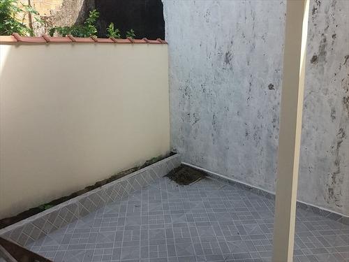 ref.: 551 - casa em mongaguá, no bairro vila seabra - 2 dormitórios