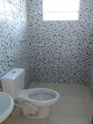 ref.: 564 - casa em mongaguá, no bairro santa eugenia - 2 dormitórios