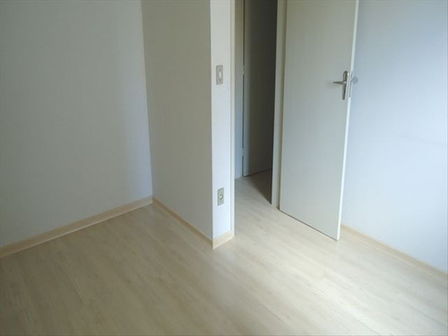 ref.: 5643 - apartamento em santos, no bairro encruzilhada - 2 dormitórios