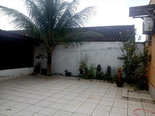 ref.: 565 - casa em mongaguá, no bairro vera cruz - 3 dormitórios
