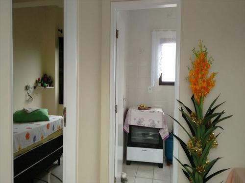 ref.: 569 - apartamento em mongaguá, no bairro agenor de campos - 2 dormitórios
