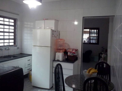 ref.: 58 - casa em praia grande, no bairro ocian - 2 dormitórios