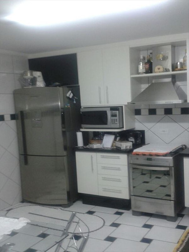 ref.: 6074 - casa em sao paulo, no bairro vila nivi - 2 dormitórios