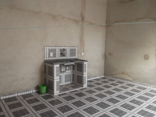 ref.: 615 - casa em itanhaem, no bairro bopiranga - 2 dormitórios