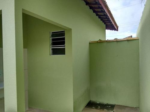 ref.: 62 - casa em mongagua, no bairro jd leonor - 2 dormitórios