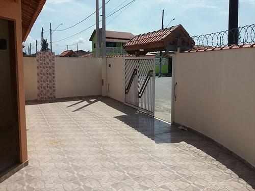 ref.: 622 - casa em iatanhaém, no bairro tupy - 2 dormitórios
