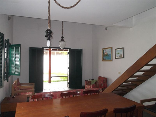 ref.: 639 - casa em itanhaem, no bairro jd cibratel - 1 dormitórios