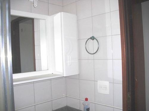 ref.: 645 - apartamento em itanhaem, no bairro centro - 2 dormitórios