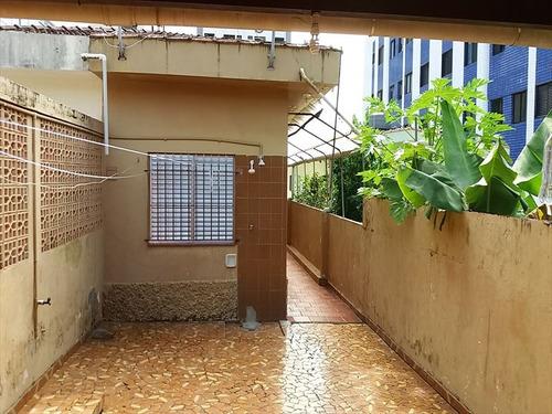 ref.: 648 - casa em mongaguá, no bairro vila atlantica - 2 dormitórios