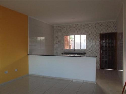 ref.: 650 - casa em itanhaem, no bairro bopiranga - 2 dormitórios