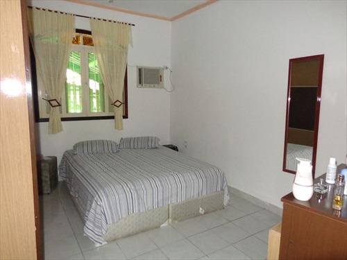 ref.: 652 - casa em praia grande, no bairro caicara - 2 dormitórios