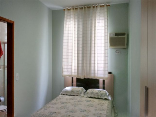 ref.: 6661 - casa em santos, no bairro estuario - 3 dormitórios