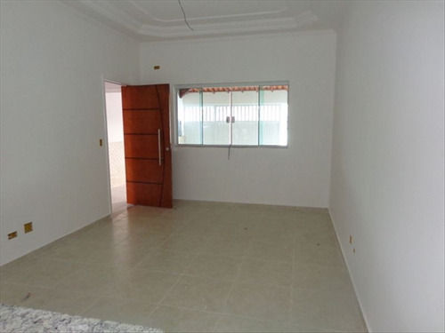 ref.: 675 - casa em praia grande, no bairro caicara - 2 dormitórios
