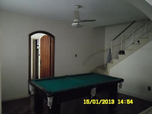 ref.: 6996 - casa em santos, no bairro embare - 4 dormitórios