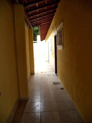 ref.: 827 - casa em praia grande, no bairro ocian - 2 dormitórios