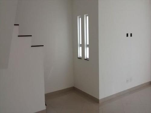 ref.: 855 - casa em santos, no bairro ponta da praia - 3 dormitórios
