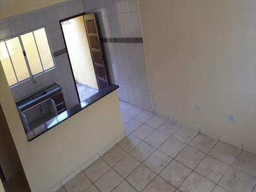 ref.: 880 - casa condomínio fechado em mongaguá, no bairro santa eugenia - 2 dormitórios