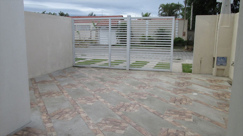 ref.: 9000 - casa em itanhaém, no bairro jardim regina - 2 dormitórios