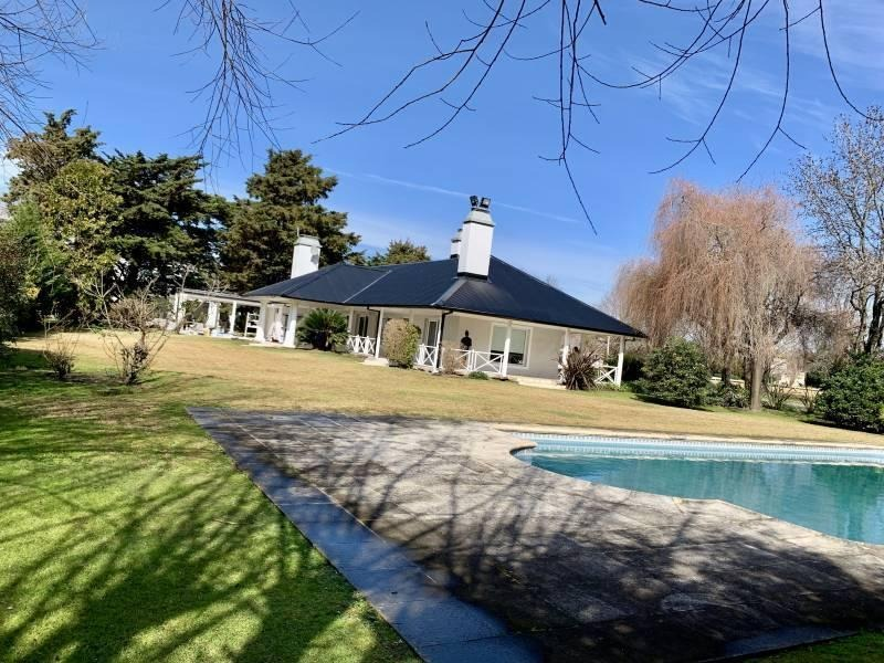 refinada casa en venta en country san diego