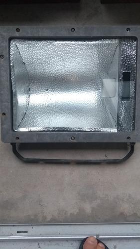 reflector exterior lampara bajo consumo o led rosca goliath