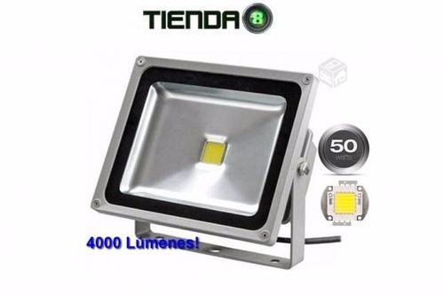 reflector led 50 watts para uso exterior