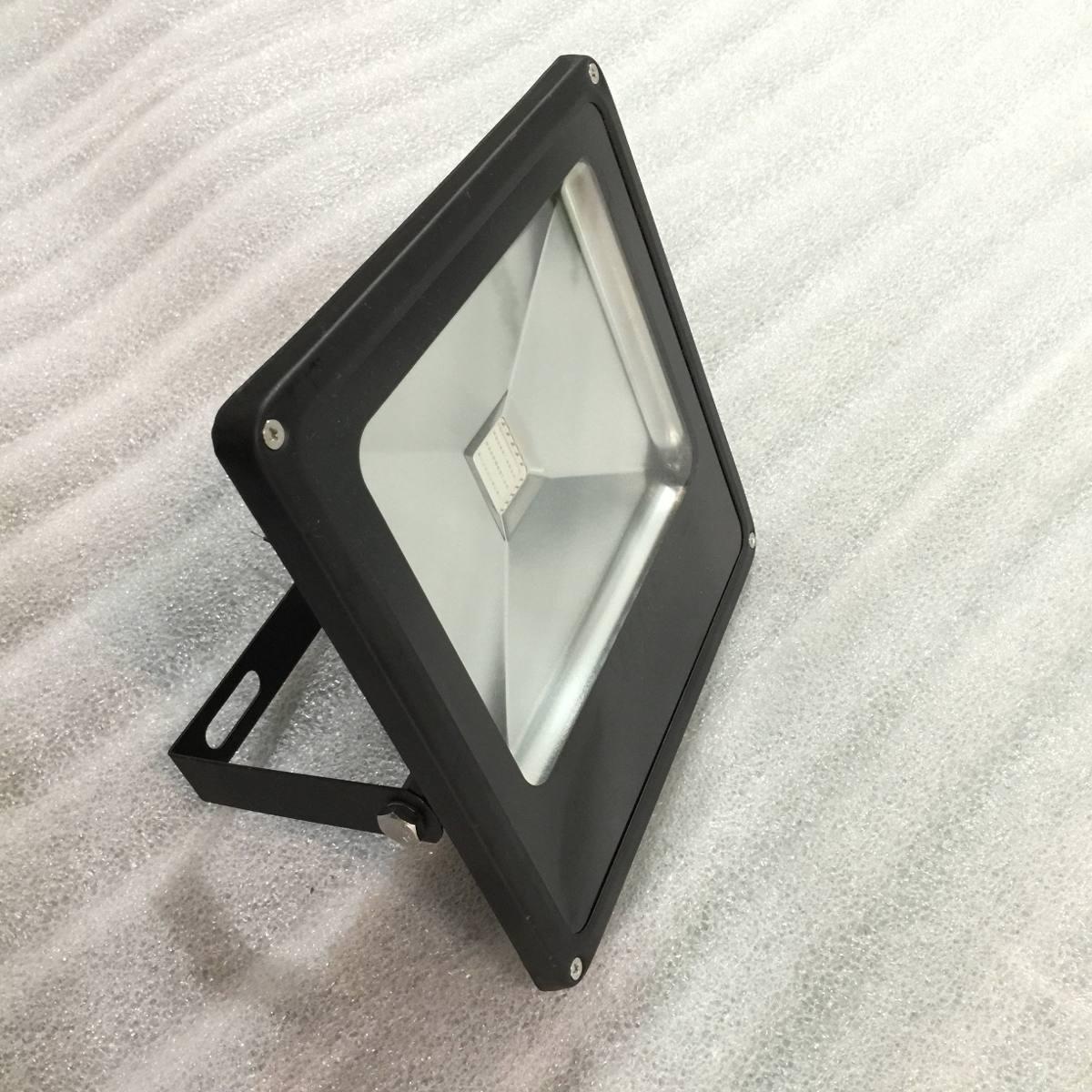 Reflector Luz Negra Led Uv Real 50w Fiesta Neon Violeta