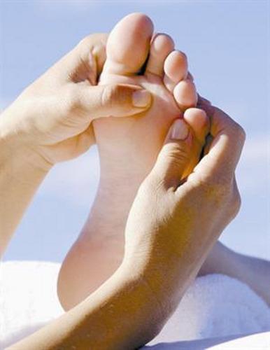 reflexologia, masajes de pies, tobillos y pantorrillas  $500