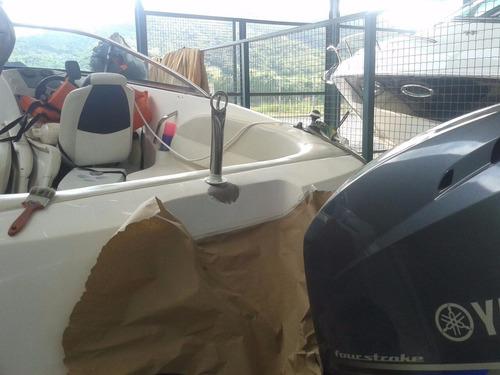 reforma reparo de lanchas barcos
